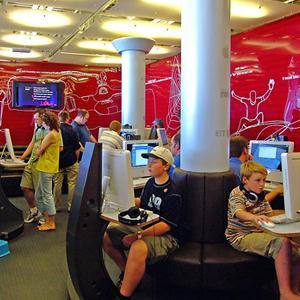 Интернет-кафе Кобринского